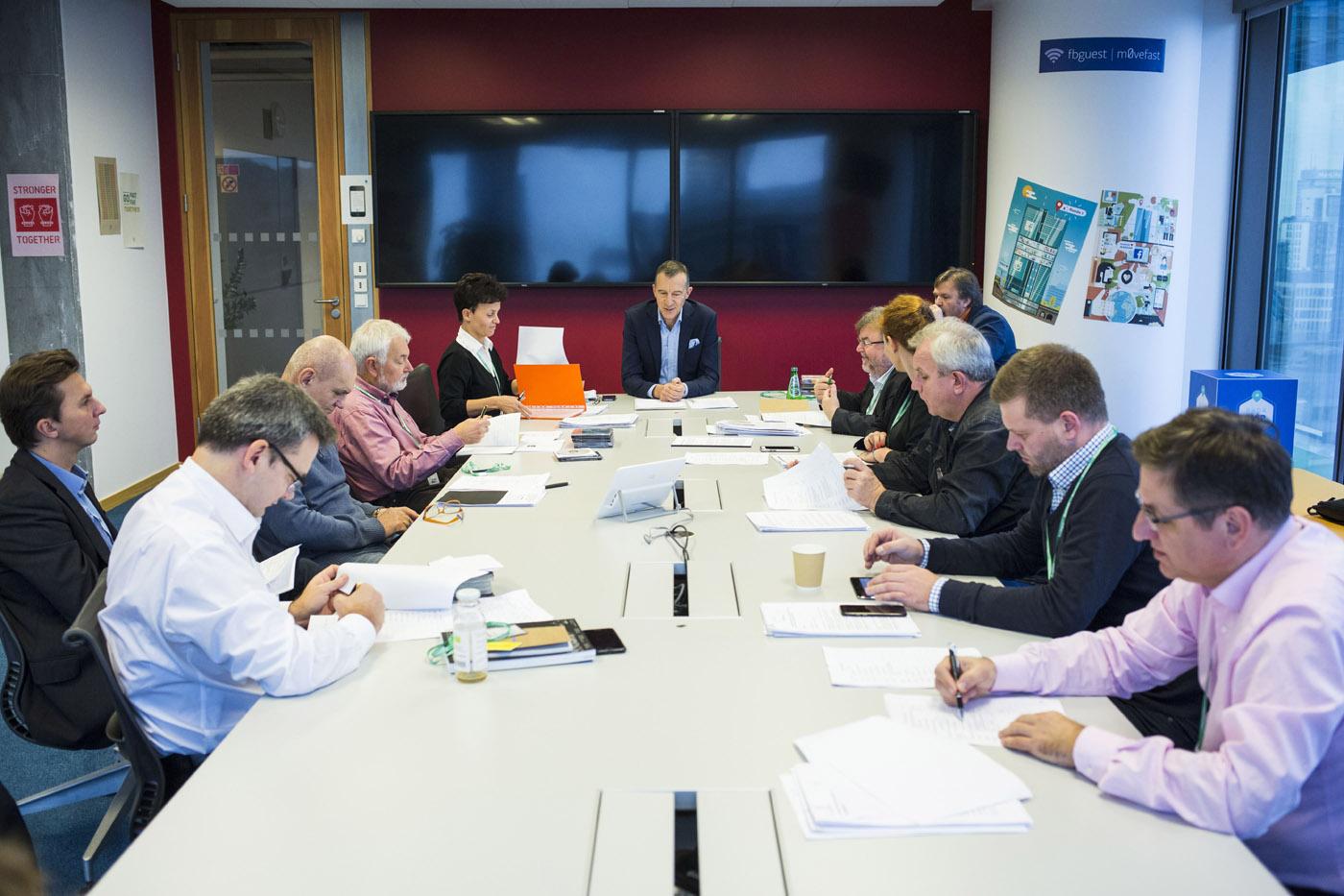 W tym roku w jury Grand Press zasiada 14 przedstawicieli mediów (fot. Andrzej Hulimka/Press)